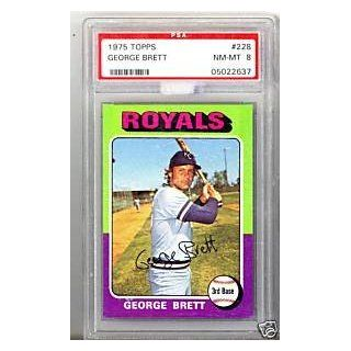 George Brett Rookie RC 1975 Topps #228 Graded PSA 8: Collectibles