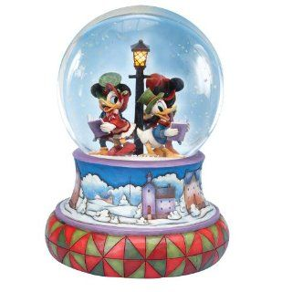 Jim Shore Disney Traditions Mickey Caroling Waterglobe