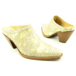 BY LUCCHESE I6201 Womens SZ 6.5 Gold Met Clogs Mules Shoes Shoes
