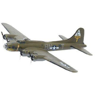 Dragon 1/144 B 17F 25 Flying Fortress The Duchess Toys