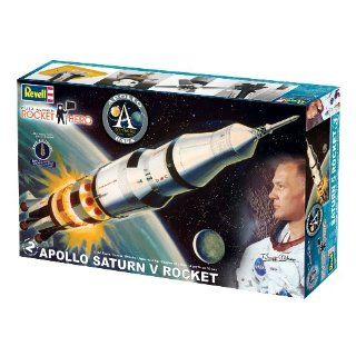 Revell 1:144 Rocket Hero Saturn V Rocket: Toys & Games