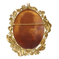 14k Yellow Gold Hand carved Shell Cameo Pendant Brooch