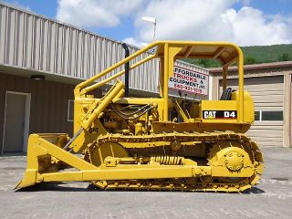 Caterpillar D4D Dozer Cat D4 Crawler Dozer