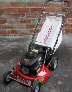 Commercial Rear Bagger Mower Honda Engine Model C21160HQ New